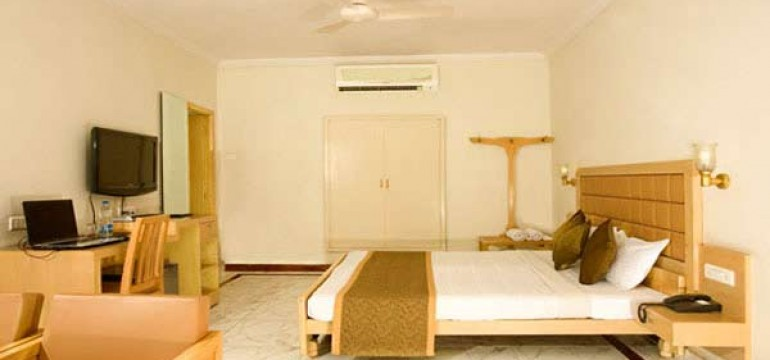 Famous Budget Hotels in Hyderabad