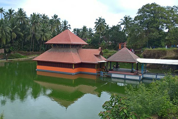 Ananthapura Lake Temple, Kerala