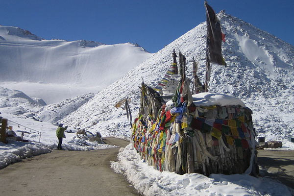 Chang La Pass In India