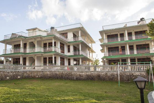Himgiri Resorts in Dharamshala