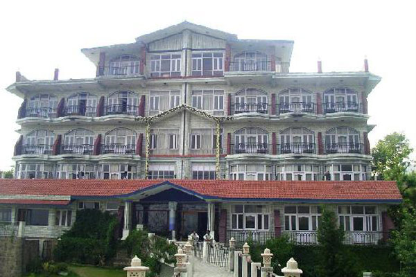 Snow Hermitage Resort in Dharamshala