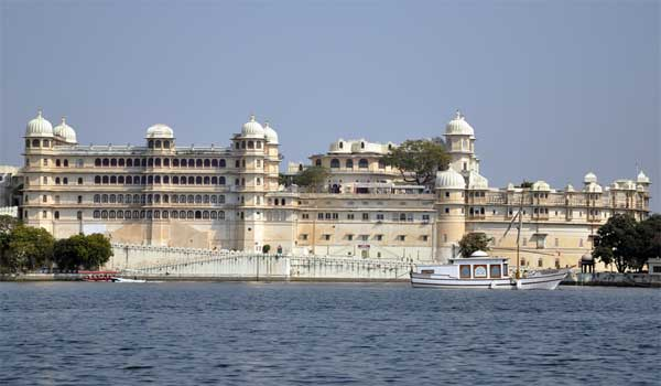 The Lake Palace covers an entire island in the Pichola Lake