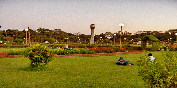 Hanging Garden and Kamla Nehru Park