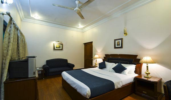Hotel Imperial House in Allahabad