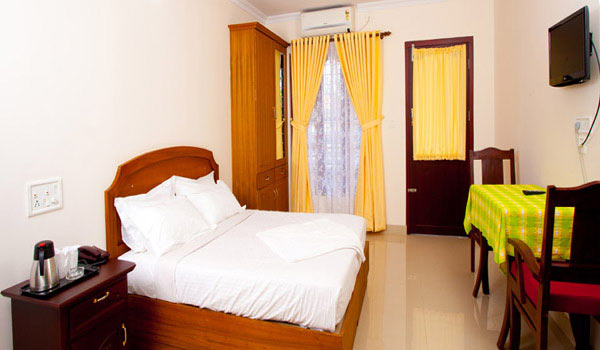 Famous Budget Hotels in Alleppey