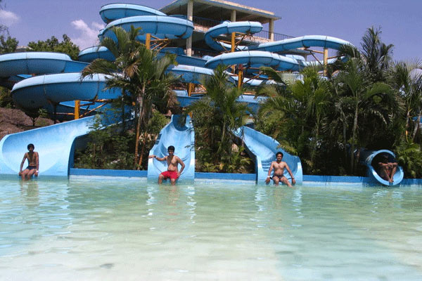 Splash Mountain Water Park, Pune