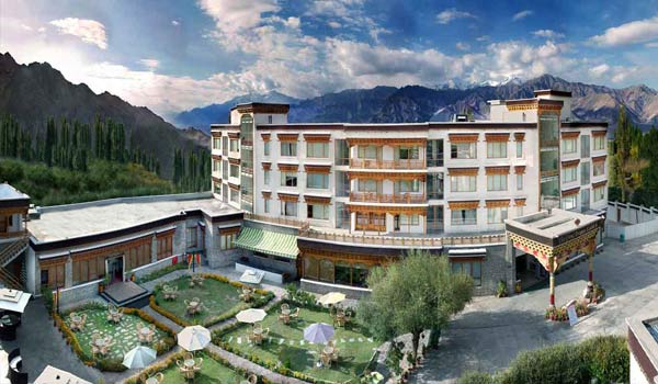 The Grand Dragon Hotel in Leh