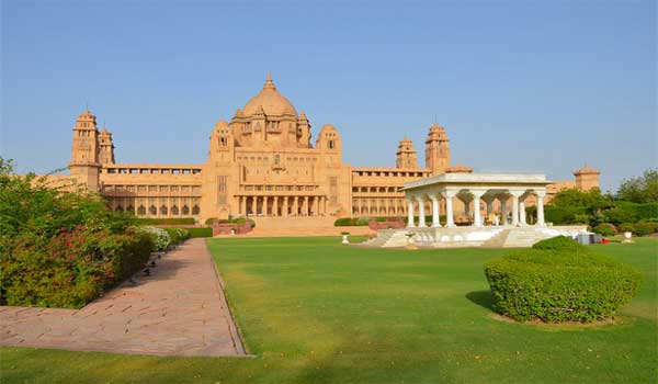 It is one of the world's largest private residences.
