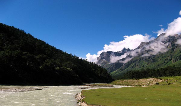 Yumthang in Sikkim