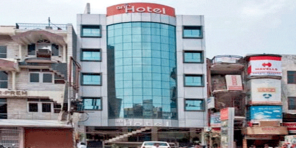 ANR Hotel in Lucknow