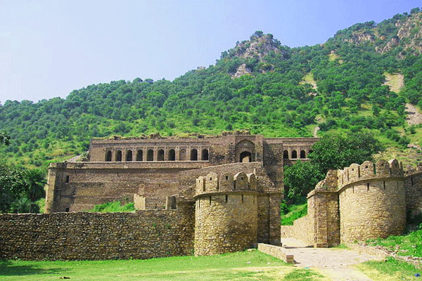 Bhangarh Fort Haunted Places in India