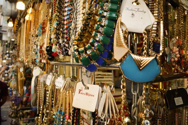 Famous Shopping Markets in Mathura