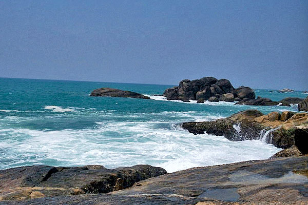 Muttom Beach in Kanyakumari
