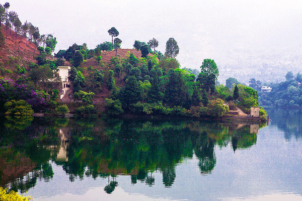 Naukuchiatal Lake in Nainital