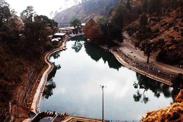 Sariyatal lake in Nainital