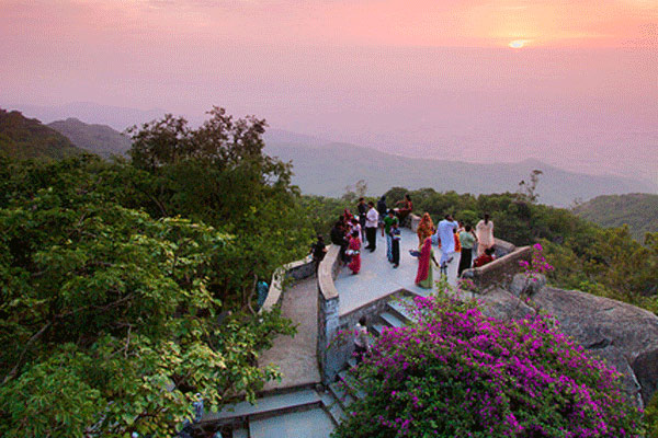 Famous Tourist Places In Mount Abu