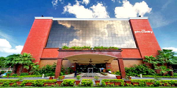 The Piccadily Hotel in Lucknow