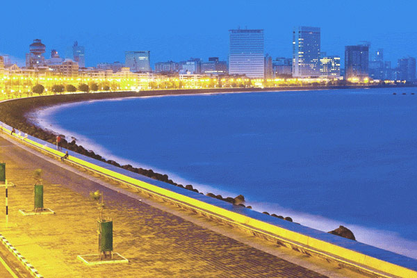 Walk around Marine Drive
