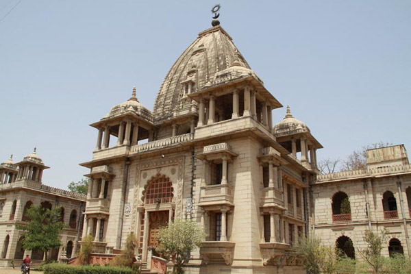 Kirti Temple in  Vadodara