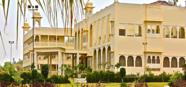 Famous 5 star hotels in Udaipur