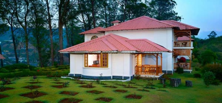 Famous Luxurious Hotels in Munnar