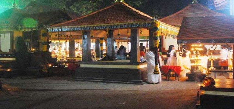 Famous Temples in Alleppey