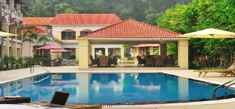 Famous Luxury Hotels in Corbett