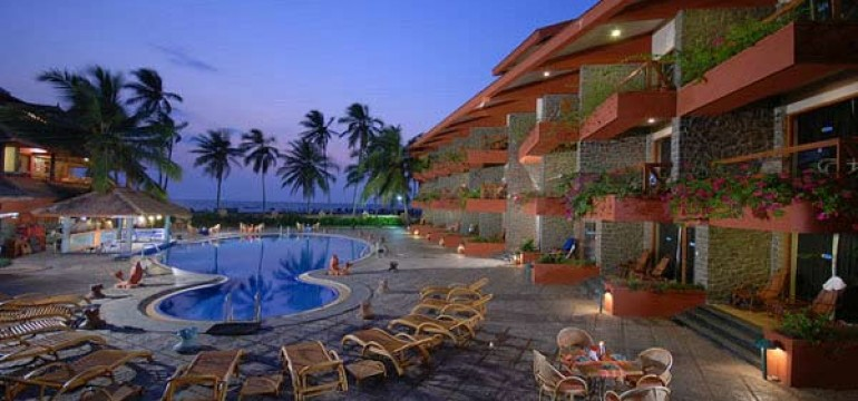 Famous Beach Hotels in Kerala