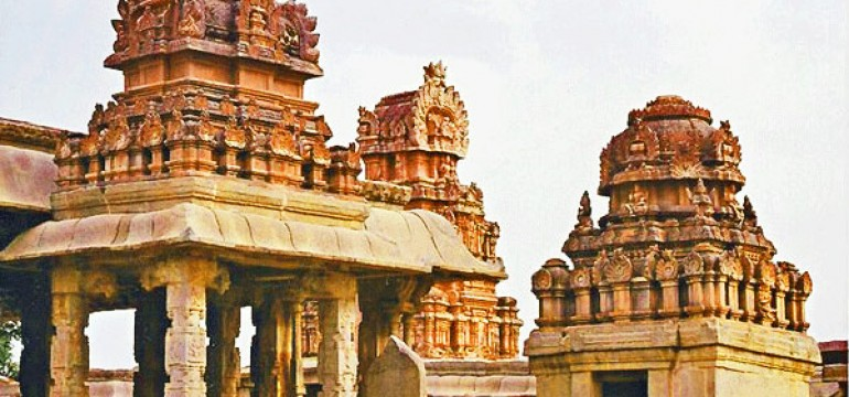 Popular Temples in Hampi