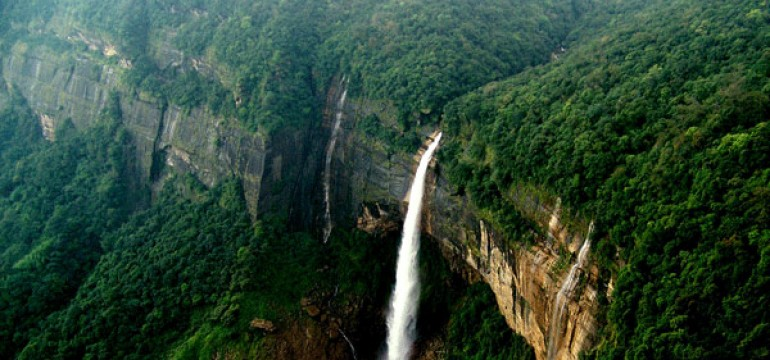 Top Waterfalls In Cherrapunji