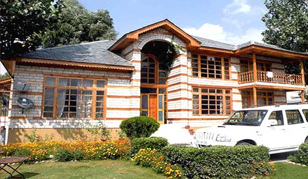 Famous Luxury Hotels in Manali