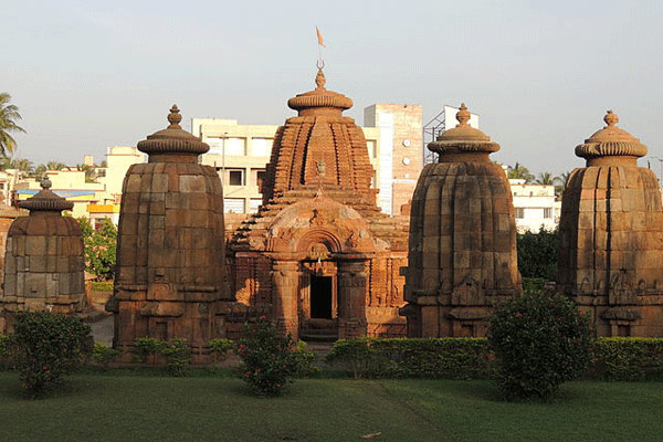 Top Tourist Places In Bhubaneswar